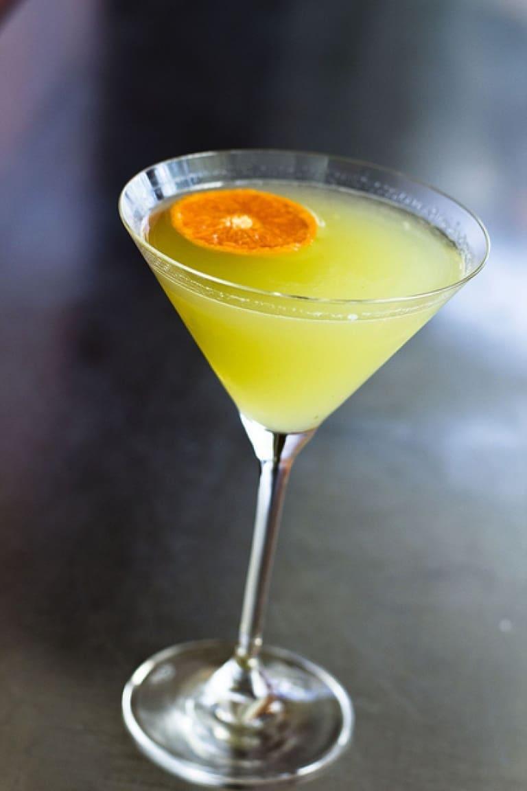 Sedanito cocktail: l'aperitivo al sedano più buono che ci sia!