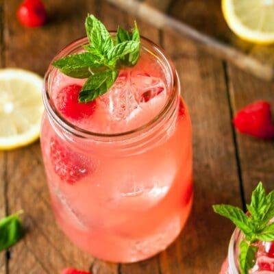 Rosa Salvaje cocktail, cocktail con tequila e acqua di rose, nuovo cocktail 2016