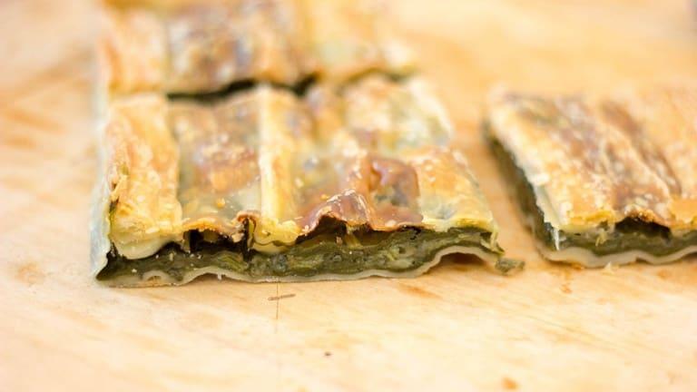 Erbazzone emiliano, ricetta erbazzone vegano, erbazzone facile e veloce