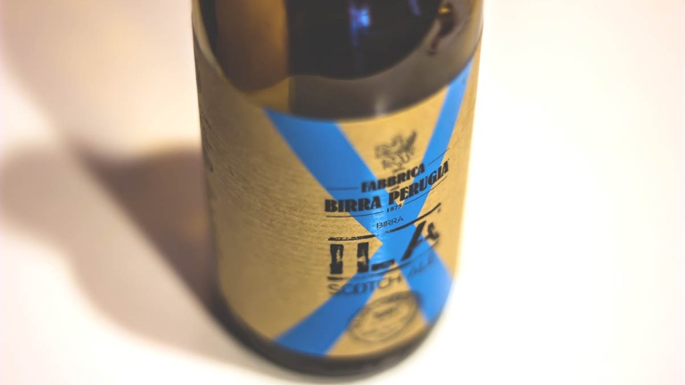Birra artigianale italiana ILA Scotch Ale affinata in botti di whisky scozzese