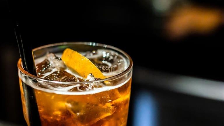 Spritz alla birra: la ricetta per fare un cocktail leggero e intrigante per il vostro prossimo aperitivo