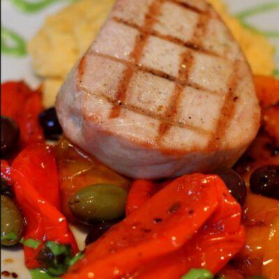 Summer recipes grilled tuna and Provencal vegetables. Mediterranean recipes