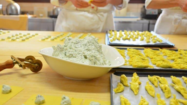 Ripieno per i tortelli di ricotta e spinaci: come preparare la pasta ripiena.