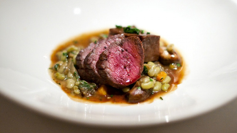 Refosco dal Peduncolo Rosso food pairings, what to drink with braised beef stew